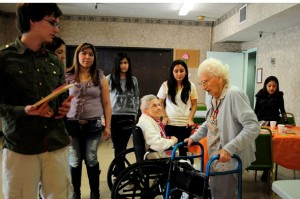 In a small trip to the Downey Retirement Center, the Humanities Club helped and gave elderly people a reason to smile.