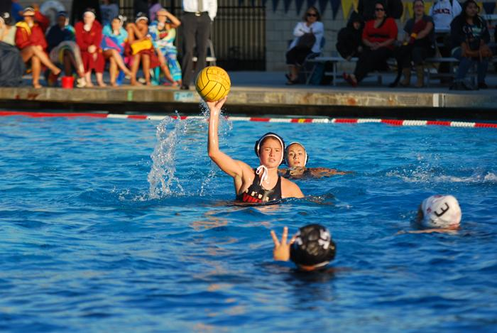 Viking water polo defeats the Lancers