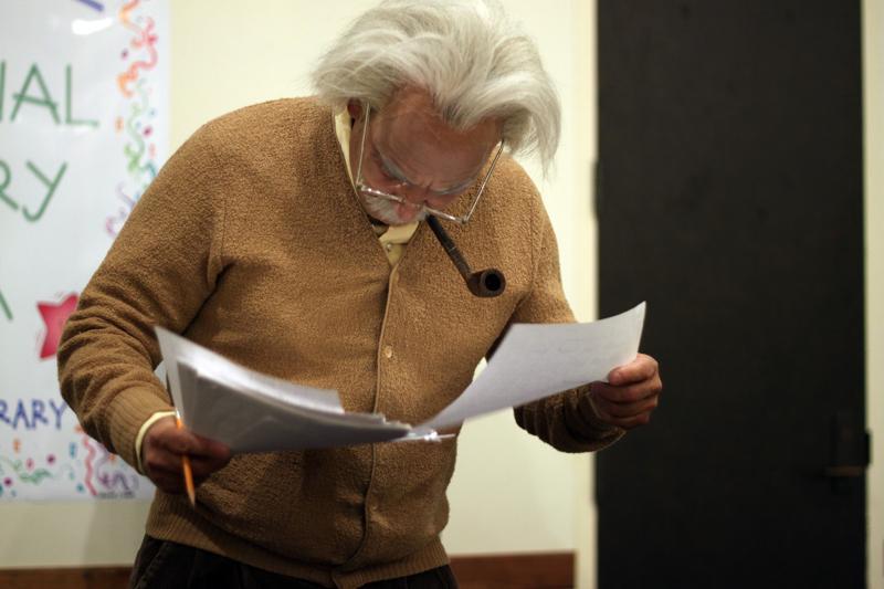 A+reenactment+of+Albert+Einstein+