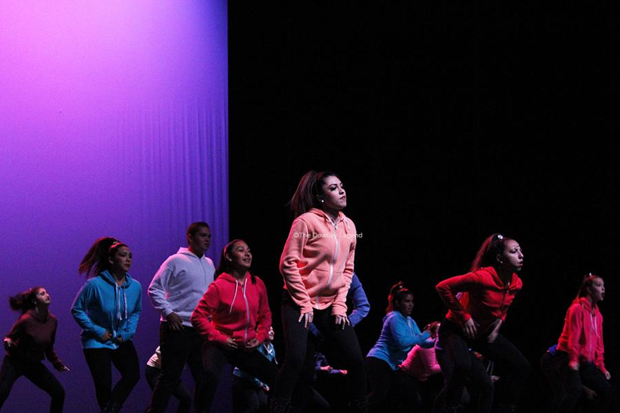 At+the+2013+Dance+Review%2C+the+ROP+Dance+2+team+performs+%E2%80%9CMissy+Beat%2C%E2%80%9D+which+was+choreographed+by+senior+Cassie+Garcia.+