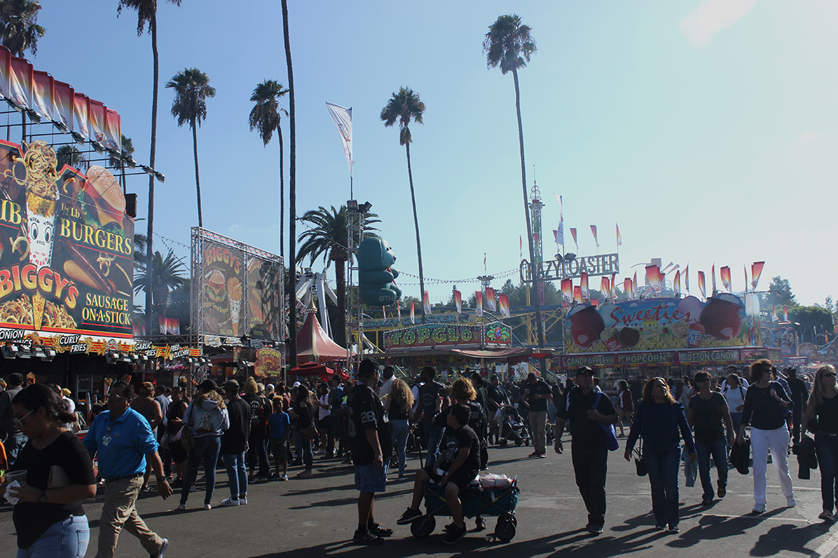 On+the+morning+of+Sept.23%2C+people+of+all+ages+came+to+the+LA+County+fair+in+Pomona%2C+California+to+have+fun%2C+enjoy+the+rides+and+eat+a+variety+of+food.+The+last+weekend+of+the+fair+still+attracted+numerous+amounts+of+people%2C+excited+to+try+the+food+and+ride+the+attractions.+