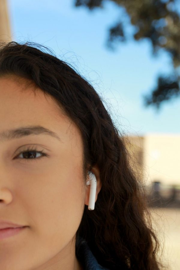 """Wondering what it felt like to own Airpods, Katherine Urutia,10, finally saw what all the hype was about on Aug. 18 after getting a pair of her own. """"They were so freaking cool when I first used them,"""" Urutia said. """"Now I see why everyone loves them so much!"""""""