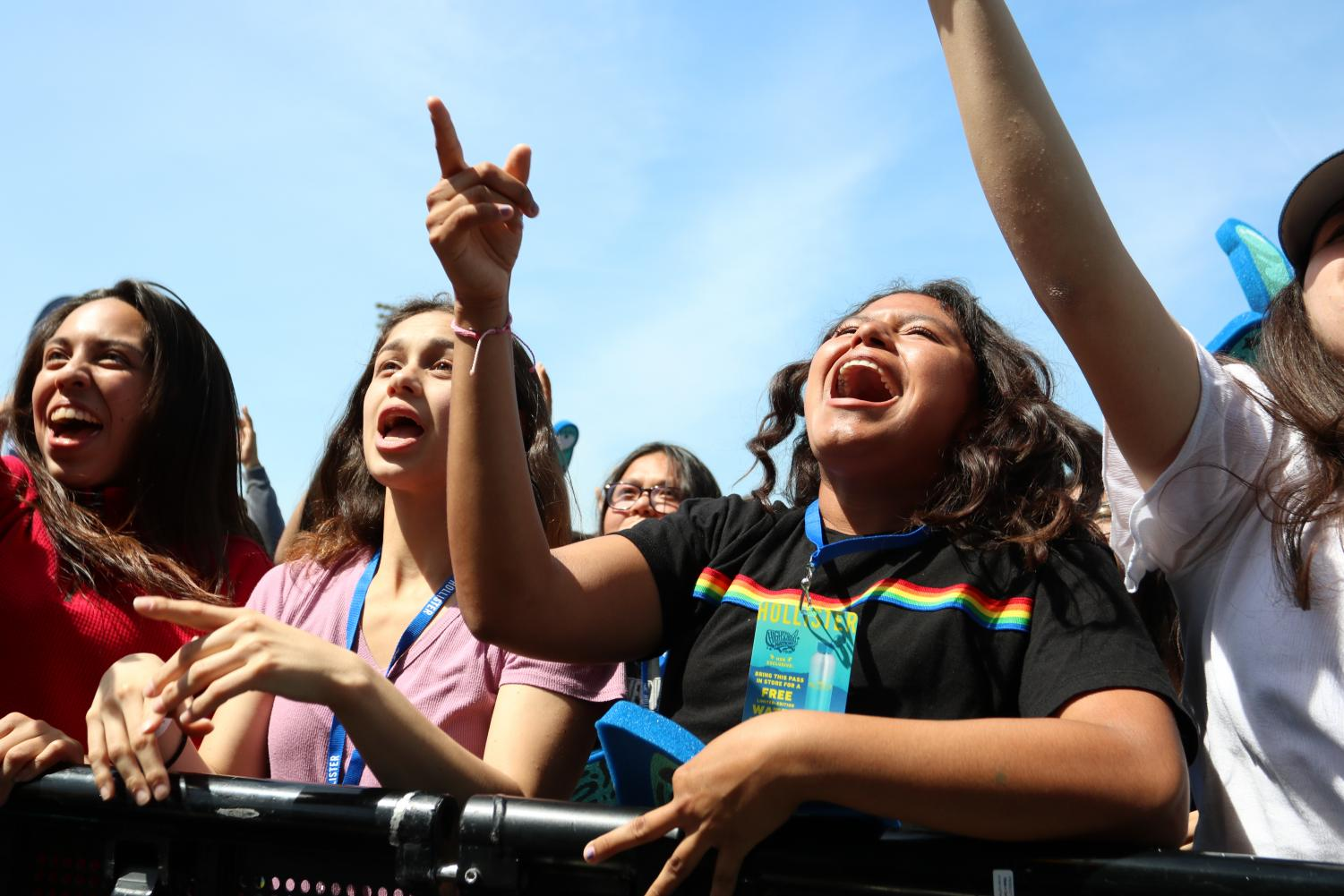 Singing+along+in+the+crowd+at+Downey%E2%80%99s+first+ever+%E2%80%9CCoachella%E2%80%9D+hosted+by+High+School+Nation%2C+Jayleen+Torres%2C+12%2C+is+with+her+friends+having+a+blast+front+and+center+on+Mar.+31.+%E2%80%9CThe+experience+was+fun%2C+outrageous%2C+and+once+in+a+lifetime%2C%E2%80%9D+Torres+said.+%E2%80%9CMeeting+the+Plain+White+T%E2%80%99s+was+one+of+my+favorite+parts+and+just+being+able+to+have+fun+with+my+friends.%E2%80%9D+