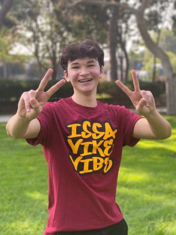 """During a global pandemic, Link Crew Leader Wyatt Calderon, 11, still manages to put a smile on the class of 2024's faces by spending his time after school to hang out with them in DHS' Virtual Link Lounge. """"[The freshmen] go to the Link Lounge when they need tutoring, or they just want to hang out and play some games,"""" Calderon stated. """"It's just really fun because we get to go to the Link Lounge and meet new people."""""""